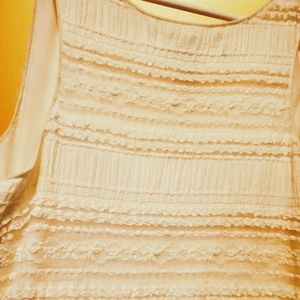 White lined textured dress sleeveless fitted